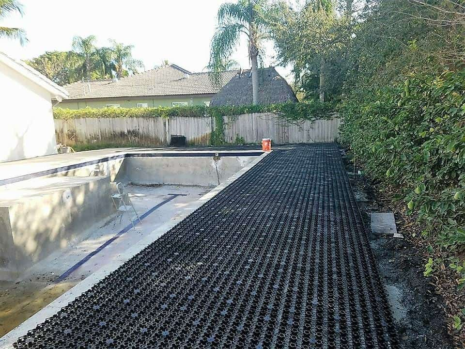 Shock attenuation, Rubber mulch, wood mulch, playground mulch, rubber playground mulch, playground rubber mulch, wood chip mulch, backyard putting green, playground tiles, wood chips for playgrounds, indoor putting green, playground wood mulch, water drainage, playground safety, artificial turf, artificial turf playground, artificial turf putting green, synthetic turf, synthetic turf playground, synthetic turf putting green, field turf, artificial grass, synthetic grass, fake grass, playground drainage, synthetic turf drainage, artificial turf drainage, fake turf drainage, synthetic grass drainage, artificial grass drainage, fake grass drainage, outdoor carpet, faux grass, artificial lawn, synthetic lawn, fake lawn, airdrain geocell, airdrain, air drain, airgrid, air grid